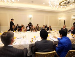 PM  Modi  meets  US  business executives, Sep 29,  2014